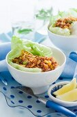Tuna fish with sweetcorn on lettuce leaves (China)