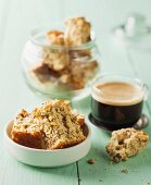 Crispy cakes with wheat flakes
