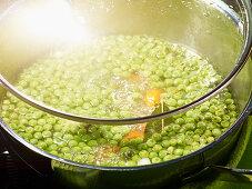 Pea soup in a saucepan