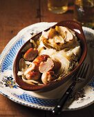 Sausages with apples and mashed potatoes