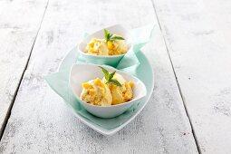 Mango and yoghurt ice cream