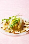 White asparagus with mushrooms and rocket