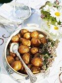 Roast potatoes for a garden party