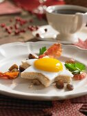 Star-shaped toast with fried egg for an Advent brunch
