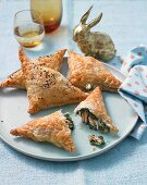 Spinach pockets with salmon and feta cheese