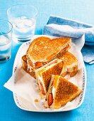 Ham and egg toasties