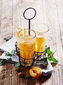 Apricots and mint punch
