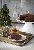 Spiced chocolate cheesecake with Christmas-cake crust