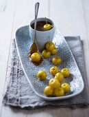 Salted caramel fondue with mini apples