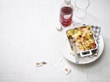 Cauliflower gratin with salmon and Gruyere cheese