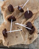 Homemade drinking chocolate lollies (vegan)