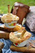 Leg of lamb pies with apricot relish for a winter picnic (South Africa)