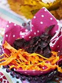 Vegetable chips from carrot and beetroot