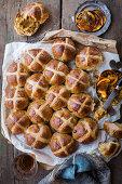 Hot Cross Buns (Easter)