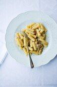 Rigatoni cacio e pepe (pasta with cheese and pepper, Italy)