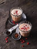 pomegranate and orange smoothies with cinnamon, vanilla and yacon syrup