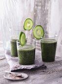 Green nori and cucumber smoothies with psyllium shells