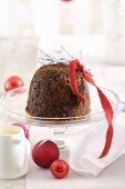 Christmas Pudding mit Vanillesauce