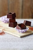 Homemade 'all you can eat' chocolate with agave syrup (simple glyx)