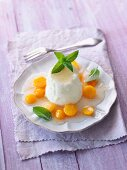 Vanilla quark with physalis and mint