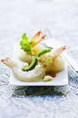 Gung Sot Tschä Nam Pla (for prawn salad with lines and Chile, Thailand)