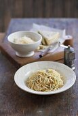Spaghetti mit dreierlei Käse