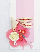 Frischkäse-Erdbeer-Sandwich