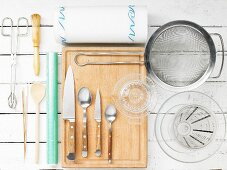 Kitchen utensils for making grilled dishes
