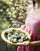 Grilled aubergines with feta