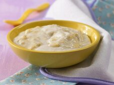 Creamed rice with bananas