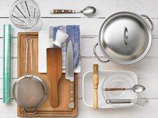 Kitchen utensils for preparing sushi