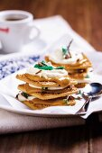 Peppermint biscuit sandwiches