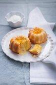 Mini orange cakes with Cointreau