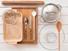 Kitchen utensils for a millet bake
