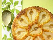 Birnen-Rührkuchen mit Marzipan