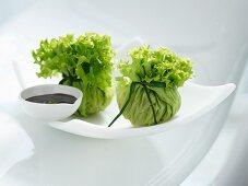 Tofu salad bag with carrots and cashews