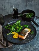 Salmon fillet on cima di rapa with saffron mayonnaise (low carb)