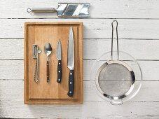 Kitchen utensils for making temaki sushi