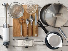 Kitchen utensils for preparing fish