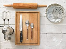 Kitchen utensils to make quiche