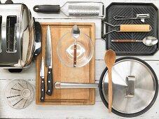 Kitchen utensils for making burgers