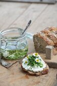 Rye spelt bread stuffed with quark balls and bread slices with quark spread