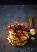 Corn patties with caramelised bacon