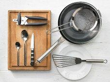 Kitchen utensils for making meatballs