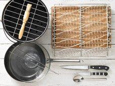 Kitchen utensils for preparing grilled fish