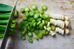 Spring onions, sliced