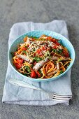 spaghetti with tomatoes, rocket and smoked sprats