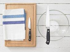 Kitchen utensils for making stuffed rice paper rolls
