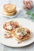Pancakes with North Sea crab, mayonnaise and dill