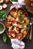 Caprese casserole with bulgur wheat and mushrooms